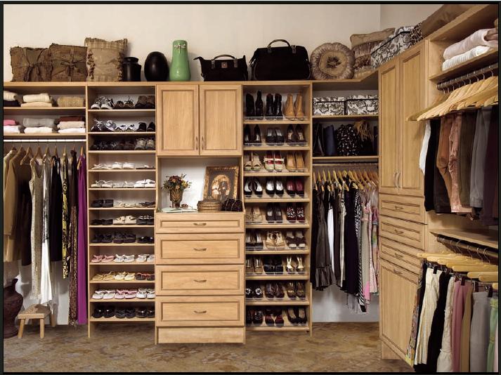 Organized Clothing Closet